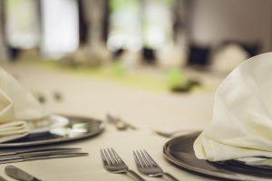 שף פרטי ארוחה פרטית גיא ברמן שולחן צלחות